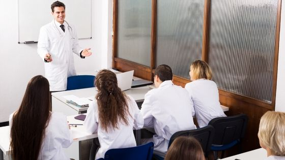 3 Benefits of Working in a Teaching Hospital